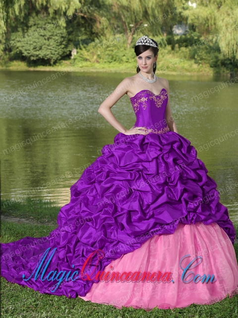 Purple Brush Train Vintage Sweet 15 Dress with Appliques and Pick-ups