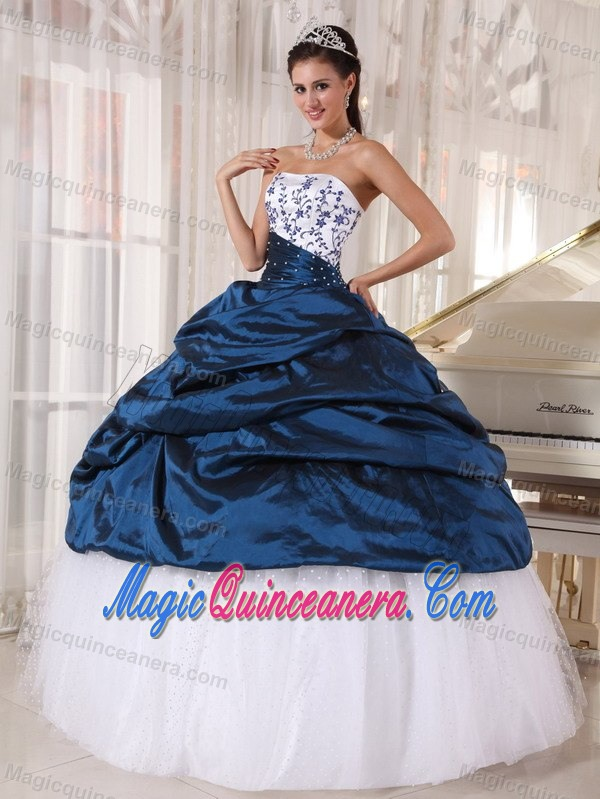 Embroidery and Pick ups Quinceanera Gowns Dresses in White Navy ...