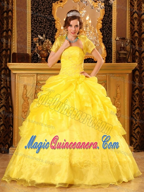Latest Yellow Debutante And Cotillion Dresses For Quinceaneras