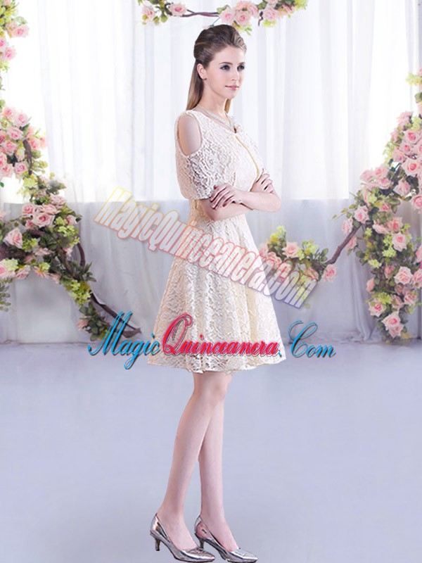 Superior Lace Dama Dress for Quinceanera Champagne Lace Up Short Sleeves Mini Length