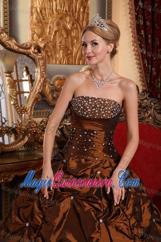 Brown Sweet 15 Dresses with Beading and Pick ups in Aguadilla