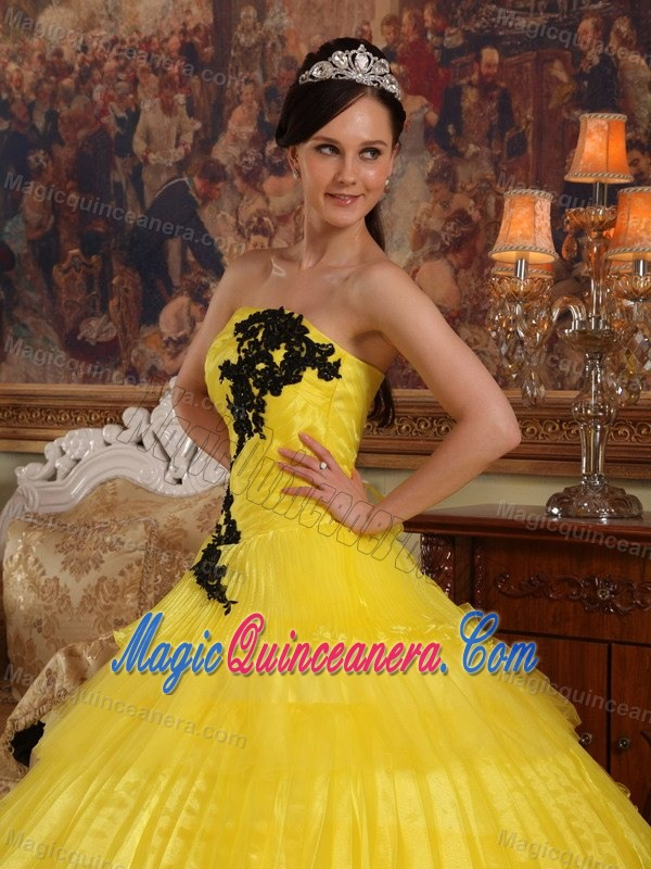 Yellow Ruffled Layers Sweet 15 Dresses with Black Appliques ...