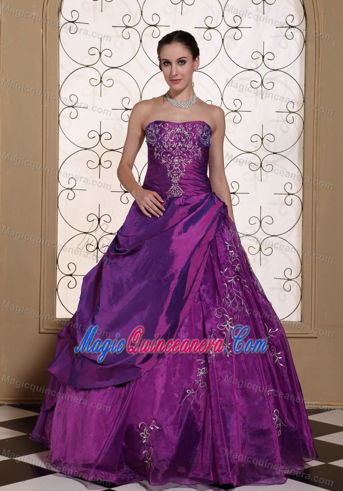 Cheap Purple Ball Gown Appliqued Sweet 16 Dress in El Palmar - Magic ...