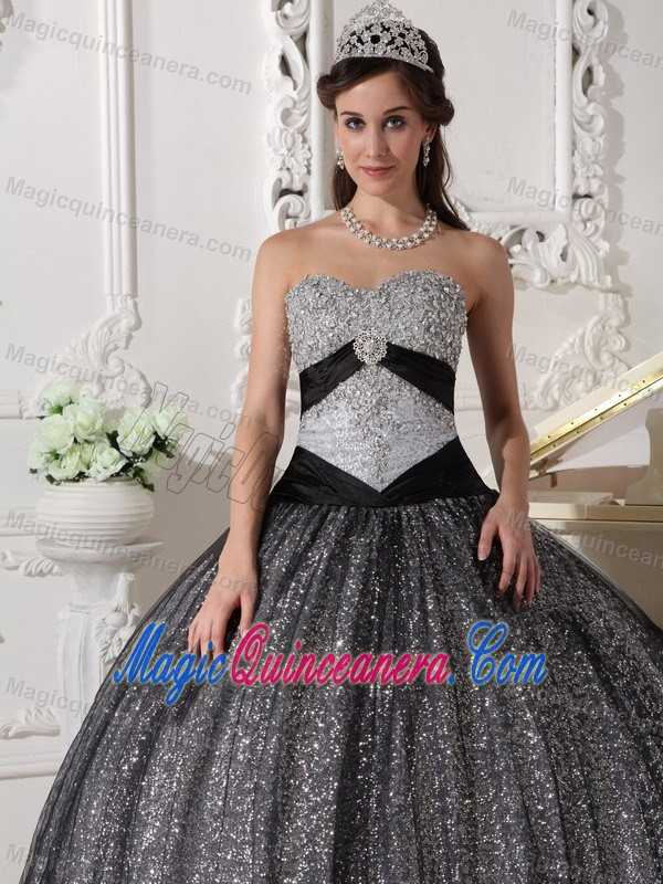 Affordable Beading Sweetheart Dress Quinceanera with Sequins in Laval