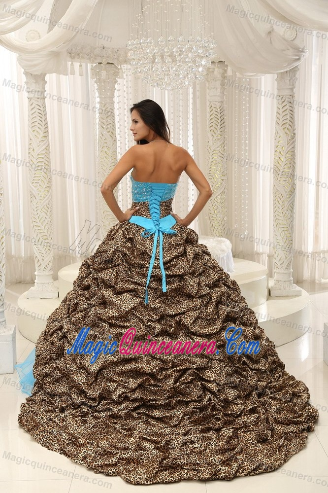 Leopard and Organza Beaded V Neck Quinceanera Gowns in Blue Color