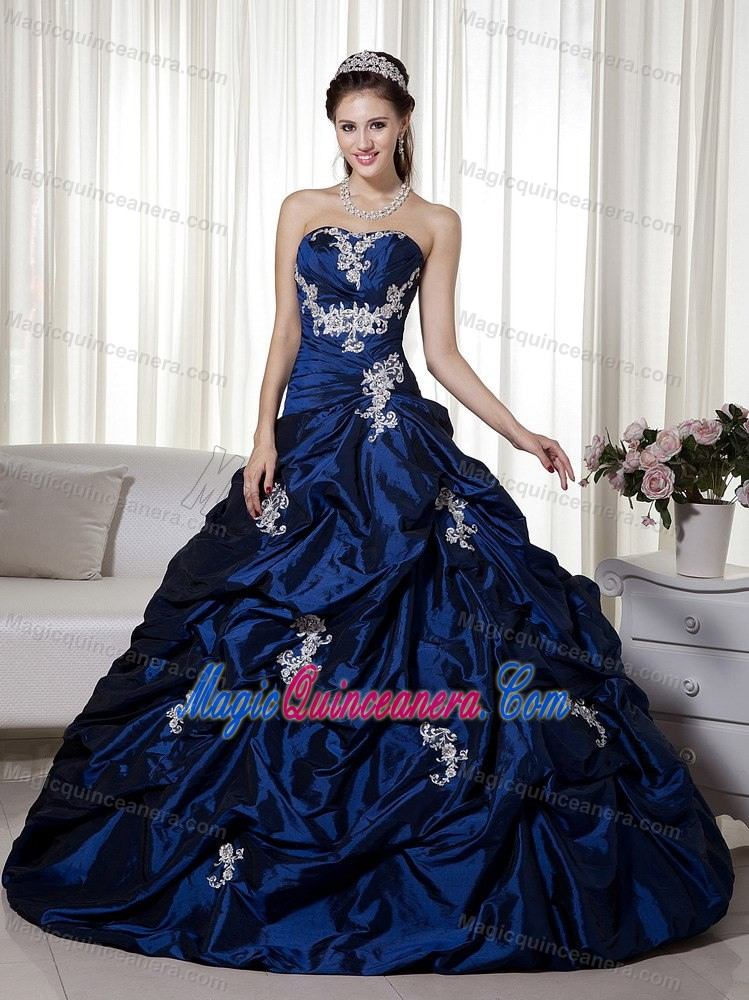 02ca141acf3 ... Sweetheart Taffeta Navy Blue Quinceanera Dress with Appliques and  Beading