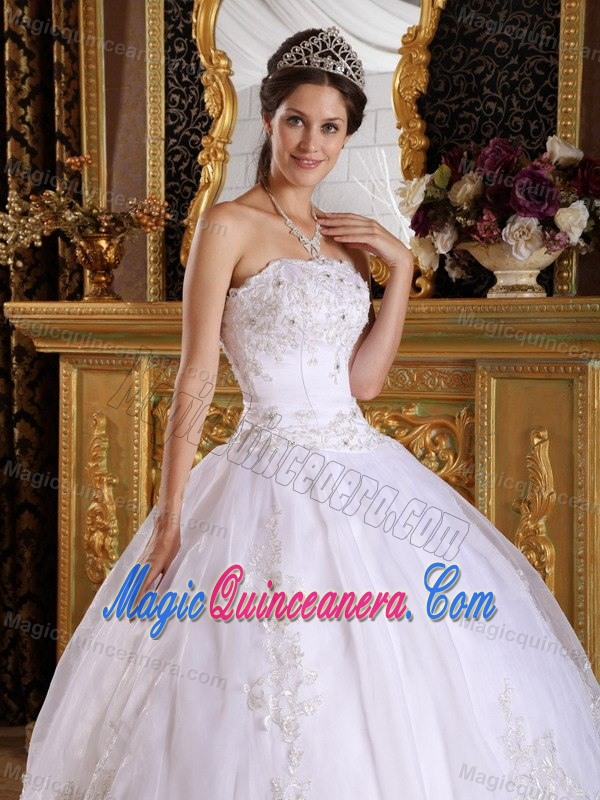 White Quinceanera Dress in floor-length with Appliques and Beading for 2013