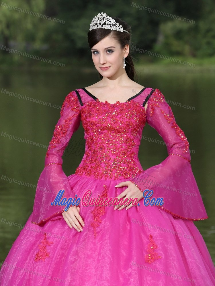 Fuchsia Tiered Beading Long Sleeves Dresses for 15 with Appliques