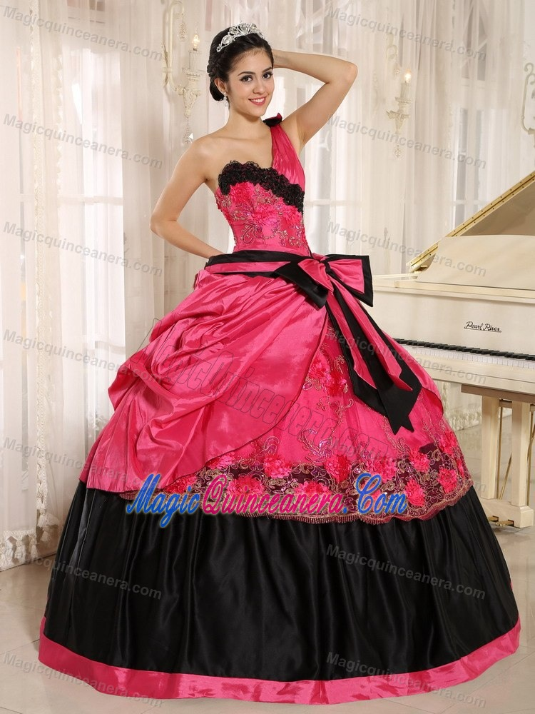Black one shoulder dress with lace quinceanera