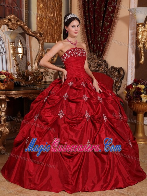 Wine Red Strapless Pick Ups Appliqued Sweet 15 Dresses