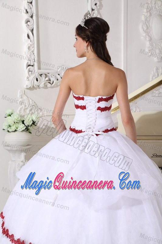 White Organza Appliqued Quinceanera Gowns in Puerto Barrios