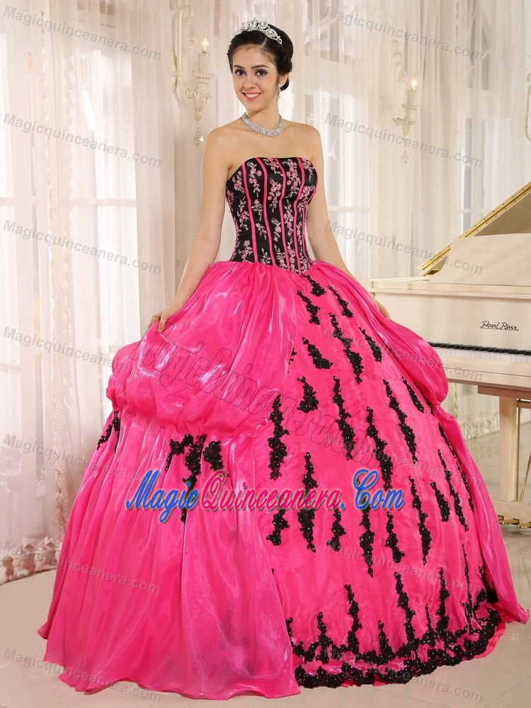 Low Price Hot Pink and Black Appliqued Sweet Sixteen Dresses