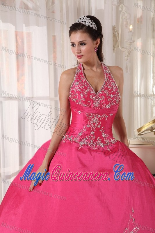 Dressy Red Halter Ball Gown Appliqued Dresses for Sweet 15