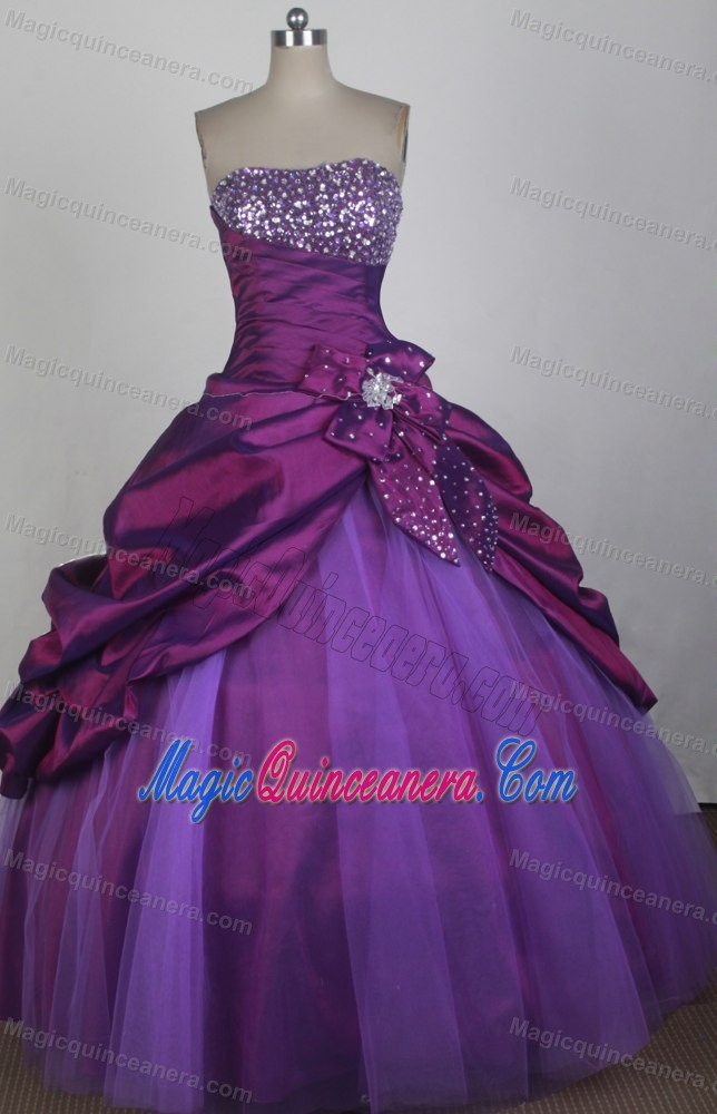 Beaded Strapless Purple Sweet 16 Quinceanera Dresses with Bowknot