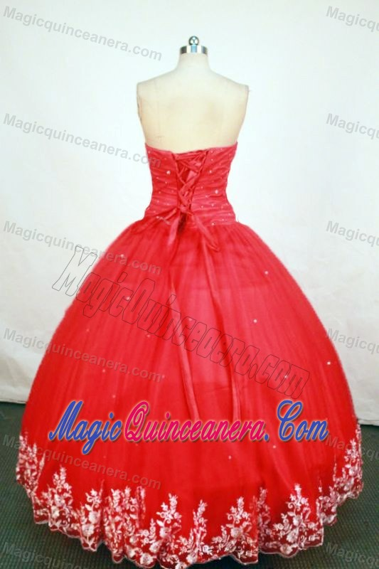 2013 Ruching Strapless Red Quinceanera Gown Dresses with Appliques