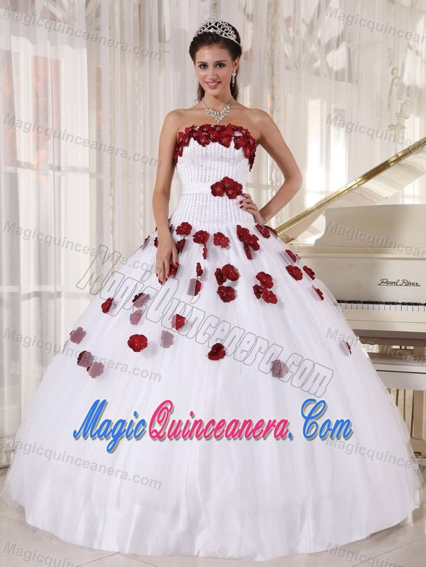 White Strapless Sweet 15 Dresses with Red Hand-made Flowers in ...