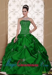 Cute Embroidery Strapless Quinceanera Dress with Pick-ups