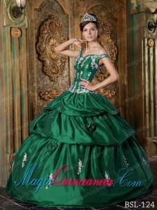 Classic Quinceanera Gowns In Green Ball Gown Off The Shoulder With Taffeta Appliques