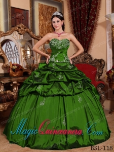 Sweetheart Floor-length Green Ball Gown Taffeta Appliques Best Quinceanera Dress