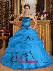 Aqua Blue Sweetheart Satin and Organza Embroidery Fashion Quinceanera Dress