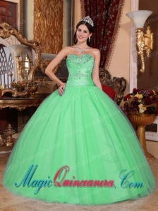 Green Gorgeous Ball Gown Sweetheart Tulle Beading Quinceanera Dress with Ruching