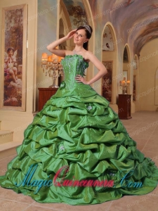 Green Ball Gown Strapless Pick-ups Taffeta Fashion Quinceanera Dress with Court Train