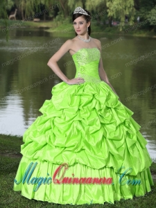 Spring Green For Clearance New style Quinceanera Dress With Strapless Beaded Decorate Taffeta