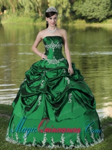 Custom Made Green Quinceanera Dress Party Wear With Satin Embroidery Decorate Popular Quinceanera Dresses