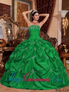Green Ball Gown Strapless Vintage Taffeta Appliques Sweet 15 Dresses