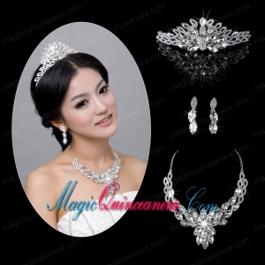 Splendid Rhinestone and Alloy Dignified Jewelry Set