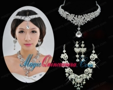 Shining Rhinestones Alloy Necklace And Earrings Jewelry Set