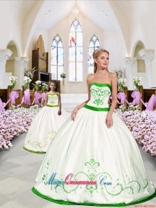 Beautiful Embroidery White and Spring Green Princesita Dress for 2015 Spring
