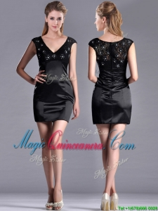 Classical V Neck Satin and Lace Dama Dress with Cap Sleeves