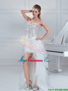 Discount Ball Gown Sweetheart White Dama Dresses with Ruffles and Beading