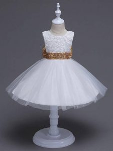 White Tulle Zipper Pageant Dress Wholesale Sleeveless Knee Length Lace and Bowknot