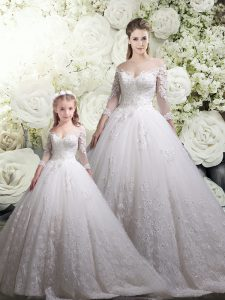 White Quinceanera Dress Tulle Chapel Train Half Sleeves Lace
