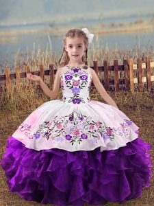 Organza Scoop Sleeveless Lace Up Embroidery and Ruffles Kids Pageant Dress in Purple