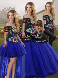 Royal Blue Three Pieces Tulle Off The Shoulder Sleeveless Embroidery Floor Length Lace Up Quinceanera Dresses