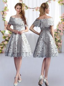 Grey Zipper Off The Shoulder Lace Court Dresses for Sweet 16 Short Sleeves