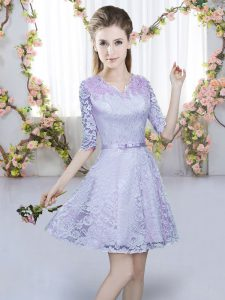 Dazzling Lavender Lace Zipper V-neck Half Sleeves Mini Length Dama Dress for Quinceanera Belt