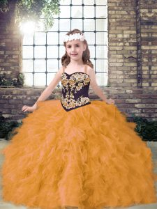 Tulle Straps Sleeveless Lace Up Embroidery and Ruffles Little Girls Pageant Gowns in Gold