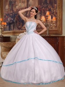 White Strapless Sweet 15 Dress with Blue Rhinestones in Chajul
