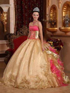 Gold and Pink Ball Gown Appliqued Sweet 15 Dresses in Chajul
