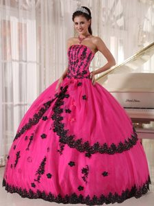 Attractive Hot Pink Strapless Appliques Quinceanera Gowns Lace Hem