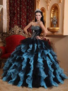 Exquisite Ruffled Layers Quinceanera Gown Beading Organza for Darwin