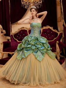 Newest Taffeta and Tulle Sweet 16 Dresses with Ruches and Appliques