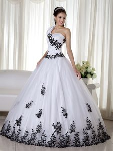 White and Black One Shoulder Sweet 16 Dresses with Appliques 2013