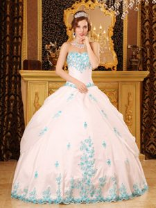 White Sweetheart Taffeta Sweet16 Quinceanera Dress with Appliques