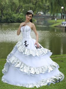 Elegant Taffeta Organza Dresses for 15 with Appliques and Tiers 2013