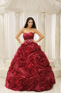 Wine Red Sweetheart Beaded Accent Waist Dresses for A Quinceanera